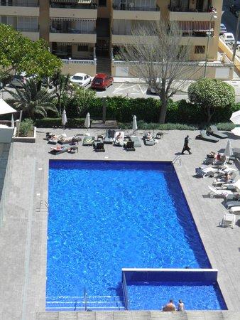 Hotel Java: piscine vue de la chambre