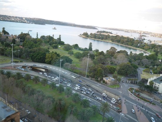 InterContinental Sydney : view from room to botanic garden