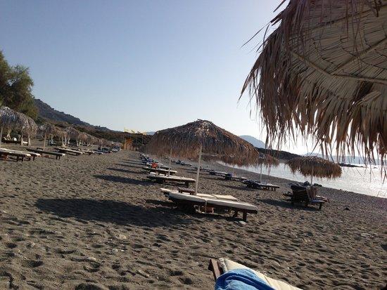 Lindian Village: La spiaggia