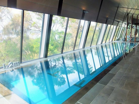 Mona Pavilions: indoor pool