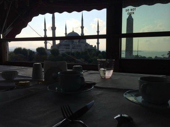 Alzer Hotel : Sala colazioni