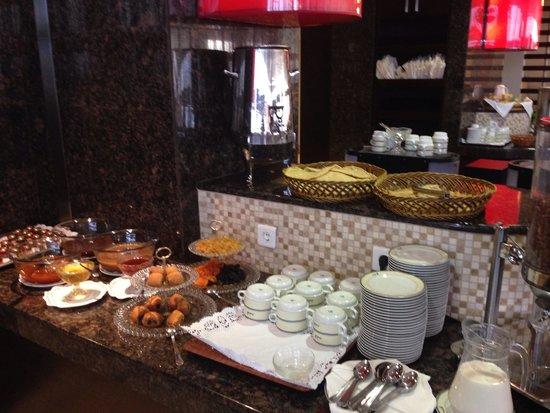 El Aurassi Hotel: Produits traditionnels