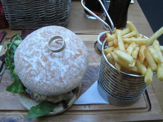Green Goose Cafe Bistro: 'Goose' Burger