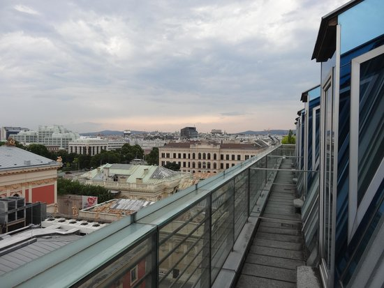 Hotel Imperial Vienna: テラスからの眺め