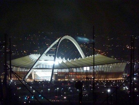 Roma Revolving: View of Moses Mabida stadium