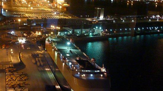 Roma Revolving: Durban harbour view