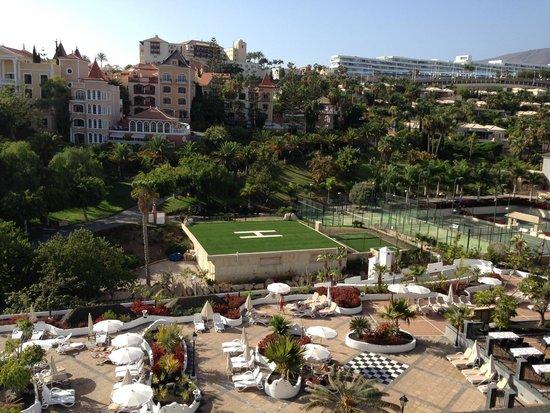 Gran Tacande Wellness & Relax Costa Adeje: Территория отеля (часть)