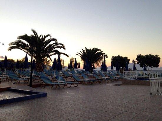 Alykanas Beach Apart-Hotel: View from bar