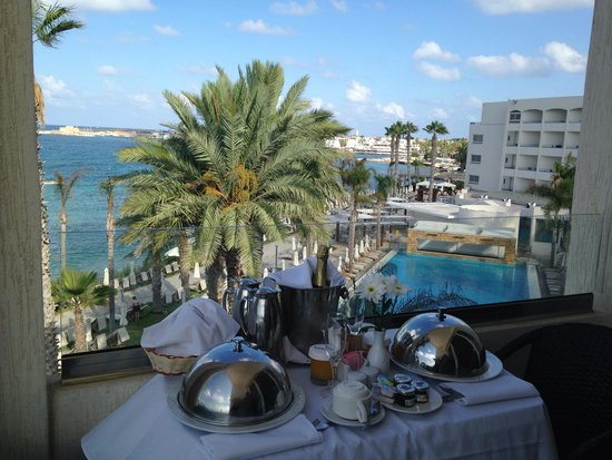 Alexander The Great Beach Hotel: Our wedding champagne breakfast