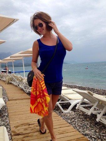 Astoria Hotel : Пляж Астории с лежаками