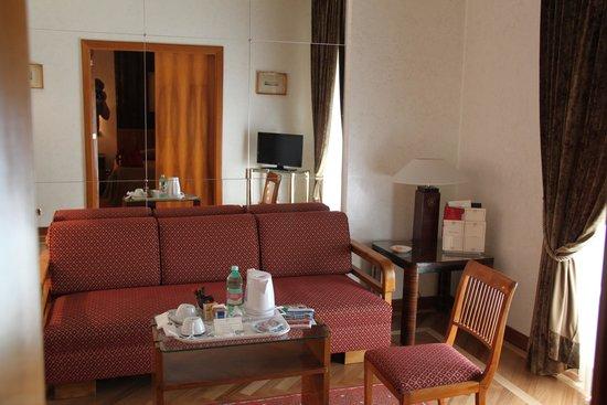Bettoja Hotel Mediterraneo: Lounge Room