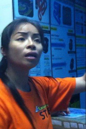 Easykart Pattaya: Easy Kart Receptionist, even rude to the police