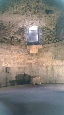 Palais de Dioclétien : Sotterranei Palazzo di Diocleziano