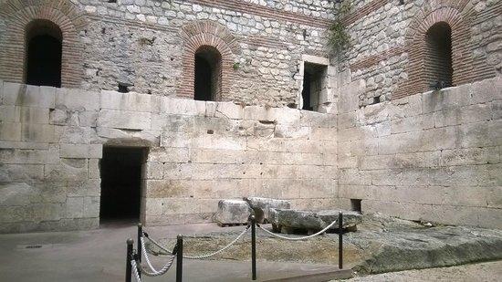 Palais de Dioclétien : Palazzo di Diocleziano