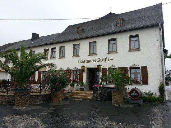 Gasthaus Weingut Stahl : hotel