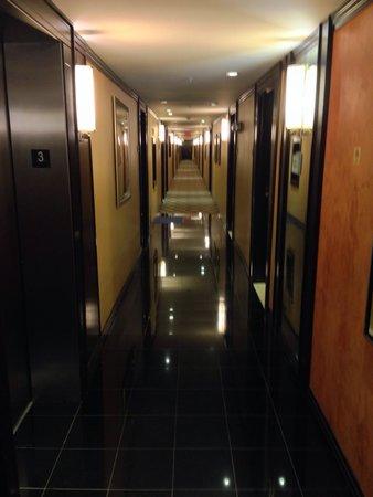 Z Ocean Hotel South Beach: Corridoio verso la stanza