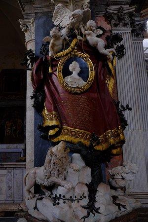 Chiesa di Santa Maria del Popolo: the monument of Maria Flaminia Odescalchi Chigi