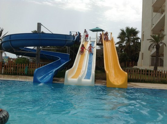 Vincci Nozha Beach Resort: Kids slides