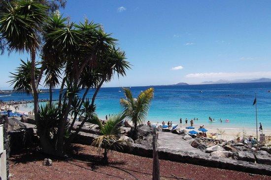 Princesa Yaiza Suite Hotel Resort: Playa Blanca prom view