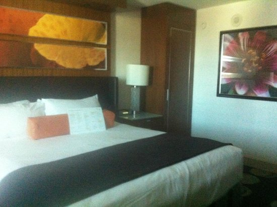 The Mirage Hotel & Casino: Room on 24th floor