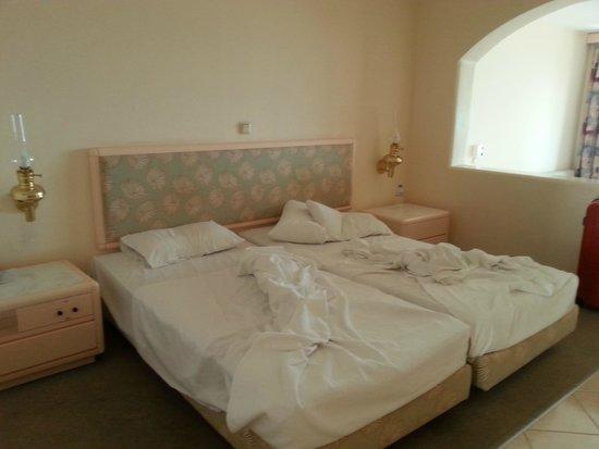 Esperos Village Resort: Zimmer
