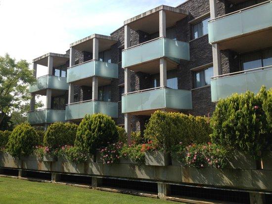 Aparthotel Ciutat de Palol: Все номера смотрят во двор отеля
