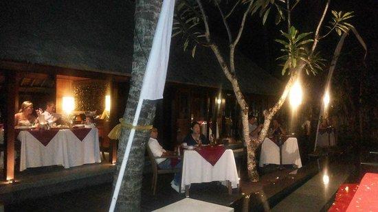 Tapis Restaurant: Dinner ambiance
