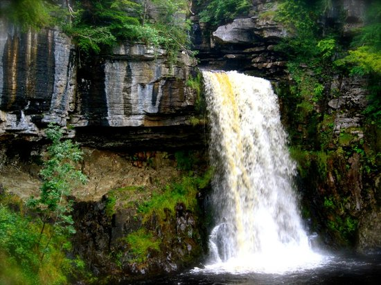 The Ingleton Waterfalls Trail: the Thornton falls, a closer look