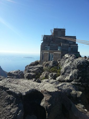Table Mountain Aerial Cableway: cable car station