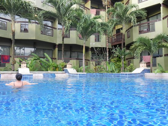 Phuket Island View: piscina