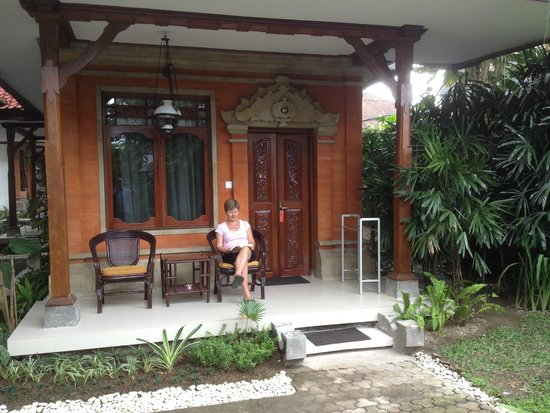 Yulia Village Inn : Balcony