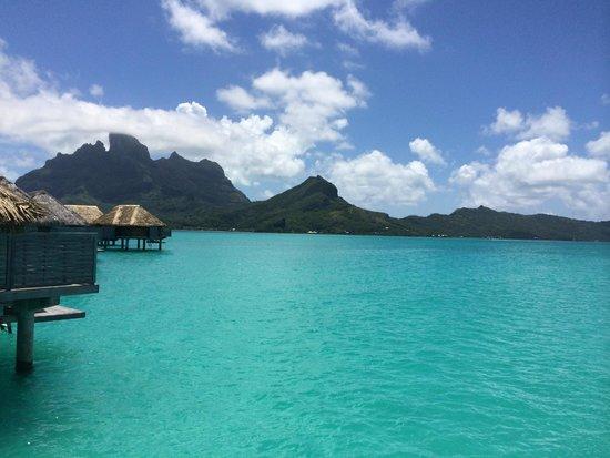 Four Seasons Resort Bora Bora: View from our bungalow
