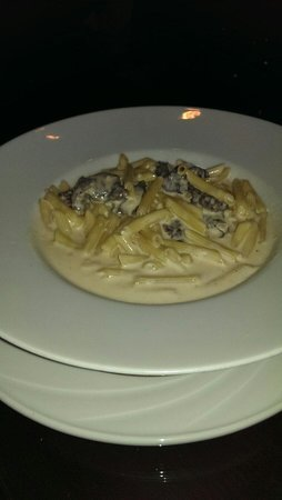 La Cultura Del Gusto: Penne with Fillet beef tips.