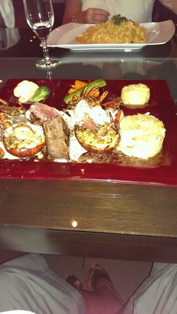 La Cultura Del Gusto: Posh Surf & Turf, Lobster with Fillet and all the trimmings