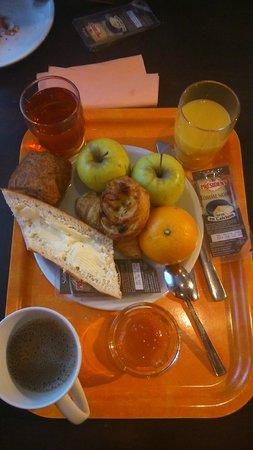 Adagio Access Paris Porte de Charenton: Завтрак