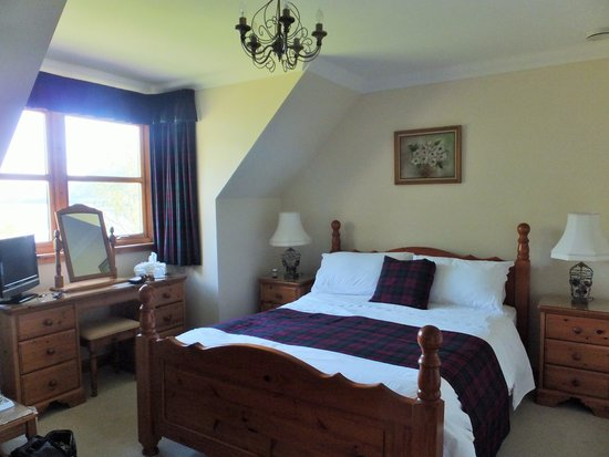 Lomond View Country House: our bedroom