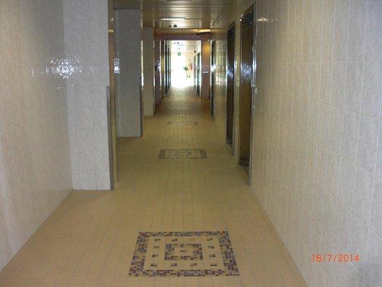 Hotel Savoia Thermae & Spa: corridoio reparto cure