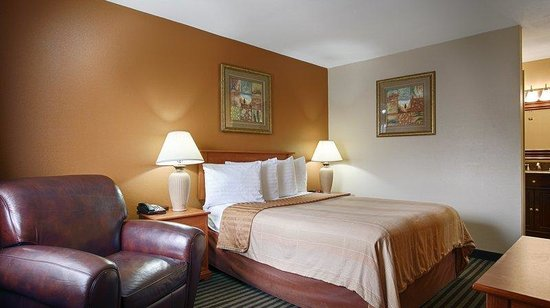 BEST WESTERN The Oasis: Guest Room
