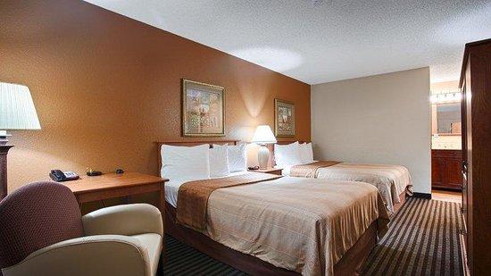 Best Western The Oasis at Joplin: Guest Room