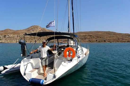 Mykonos Town, Greece: Mykonos Onboard and Captain Artemis!