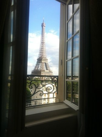 Shangri-La Hotel Paris : this view!