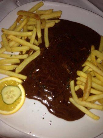 Restaurant IVA: Rumpsteak mit unpassender Soße