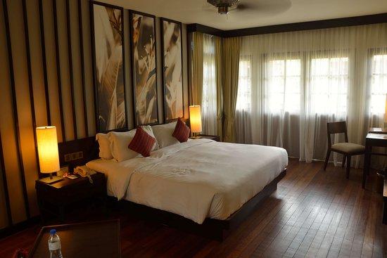 Meritus Pelangi Beach Resort & Spa, Langkawi: Inside our room