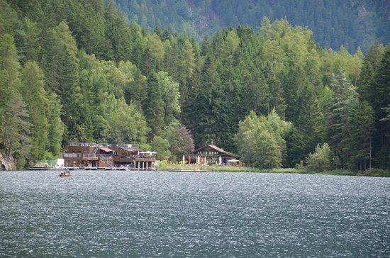 Aktiv Panoramahotel Daniel: Nice lake nearby hotel