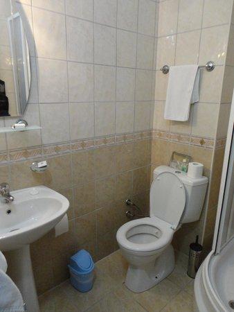 Canada Hotel Cirali Olympos: Bathroom