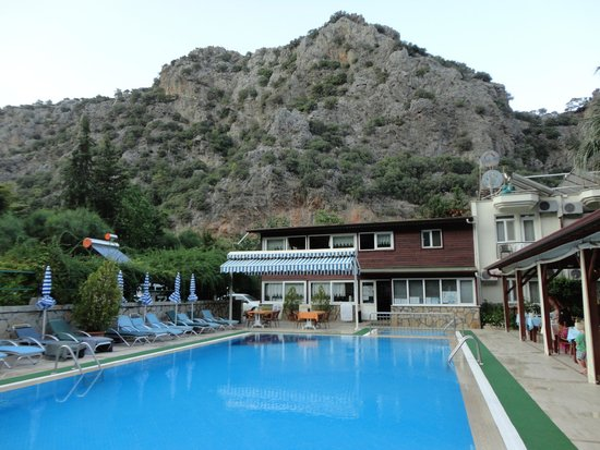 Canada Hotel & Bungalows: Pool