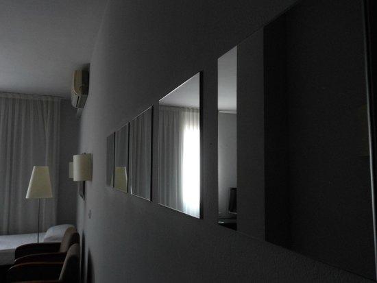 Aparthotel Mariano Cubi: Kamer