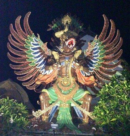 Hotel Puri Rai : The Garuda