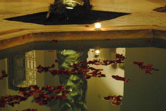 Riad Matham: la piscina