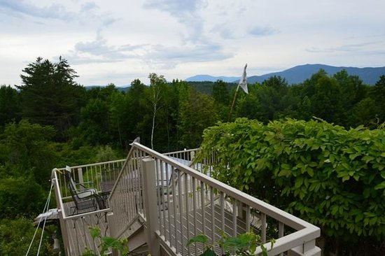 D Acres of New Hampshire: Veranda & View